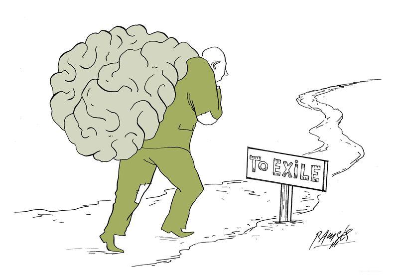 """Um homem usando trapos, coloca um saco nas costas, que se assemelha ao cérebro humano, e anda por uma trilha que diz """"para o exílio""""."""
